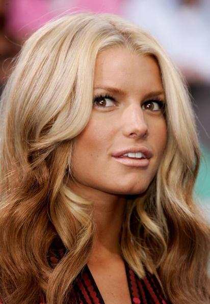 Jessica simpson dark blonde hair