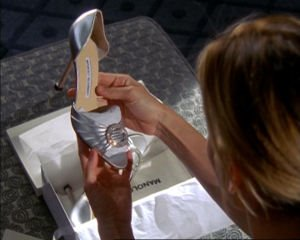 Carrie Bradshaw with Minolo Blahnik shoe (Sex in the City)