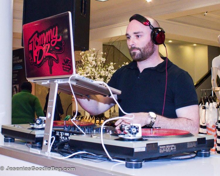 DJ Tommy Diz