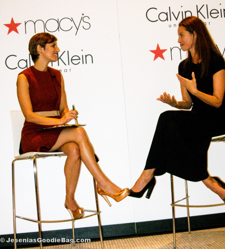 Cindi Leive (Glamour Magazine) with Christy Turlington (model)