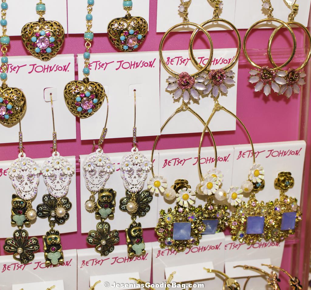 Betsey Johnson – Jewelry – Drop Earrings – Jesenia\'s Goodie Bag