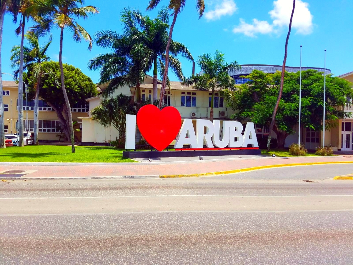 Luxury Travel x Aruba